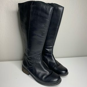 Ugg Seldon Water Resistant Black Leather Zip Boots